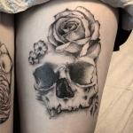 Dotwork-skull-rose